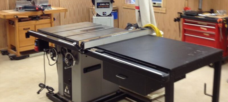 How to use the table saw properly